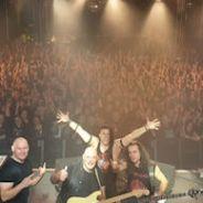SARATOGA: Lleno y concierto epico en La Riviera. Proximas fechas